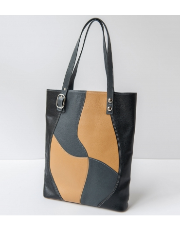 Cut-out pattern bag